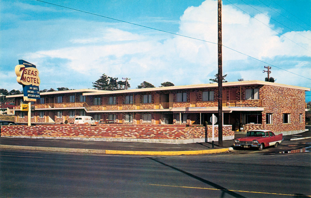 7 Seas Motel In Newport Oregon 1957 Plymouth Savoy