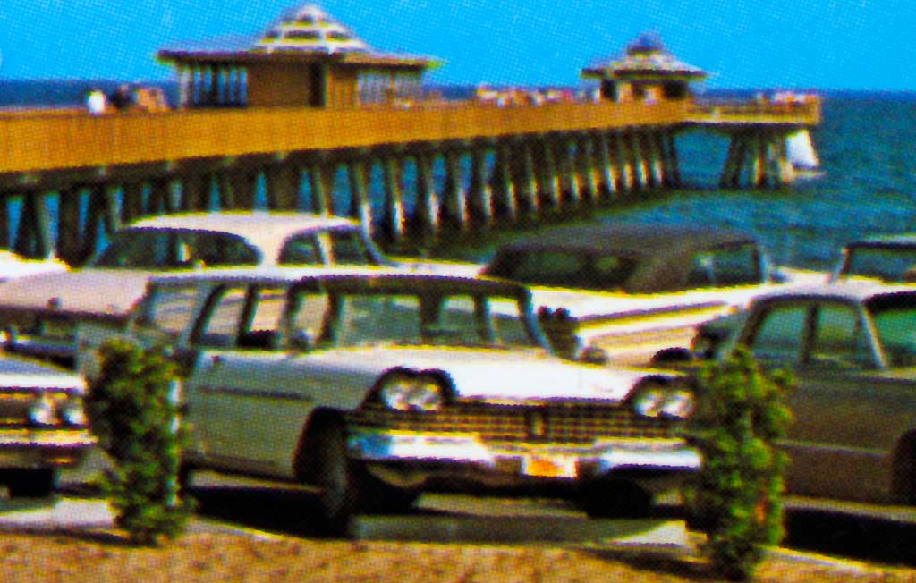 Pompano beach fishing pier at pompano beach florida 1958 for Deerfield beach fishing charter